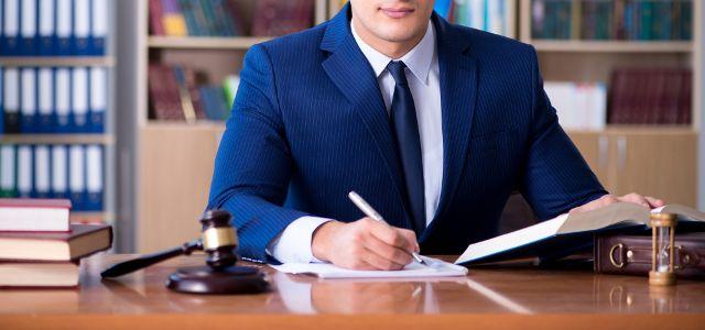 示談交渉で揉めている場合は弁護士依頼がおすすめ