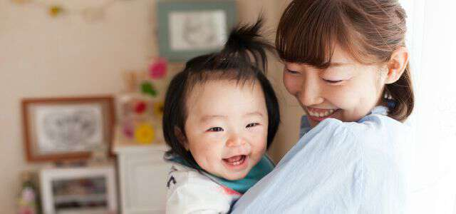 母親が親権を獲得する方法|不利になるケースもある?対処法は?