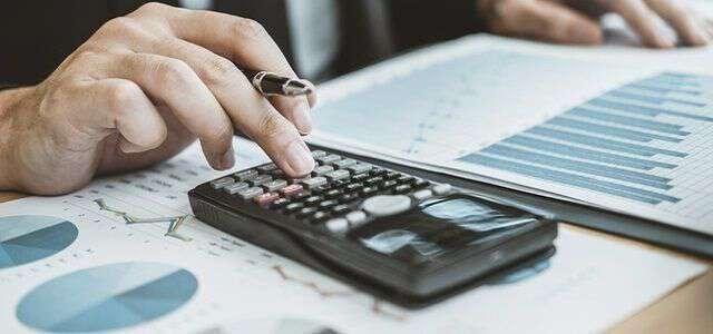 遺産分割を弁護士に依頼する際の費用|費用内訳・費用相場を解説
