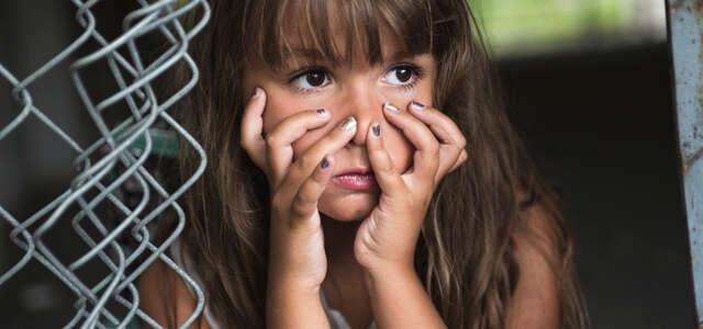 暴力・差別・人格否定してくる「毒親」を子供は訴えられるのか?