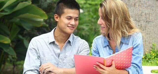 在留資格認定証明書の交付申請 読めば分かるビザとの違いや更新方法