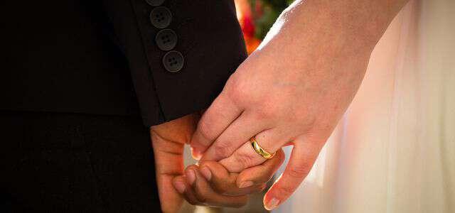 不法滞在者(オーバーステイ)と日本で結婚する方法と結婚時の注意点
