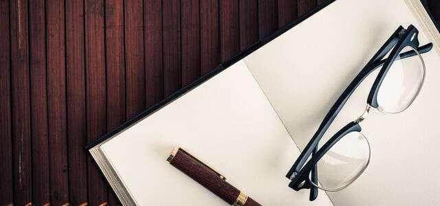 著作権の概要   目的・種類・著作物の種類・罰則についてまとめ