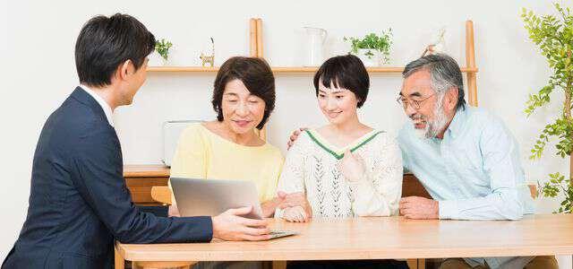 家族信託を弁護士に依頼する3つのメリットと弁護士費用の相場