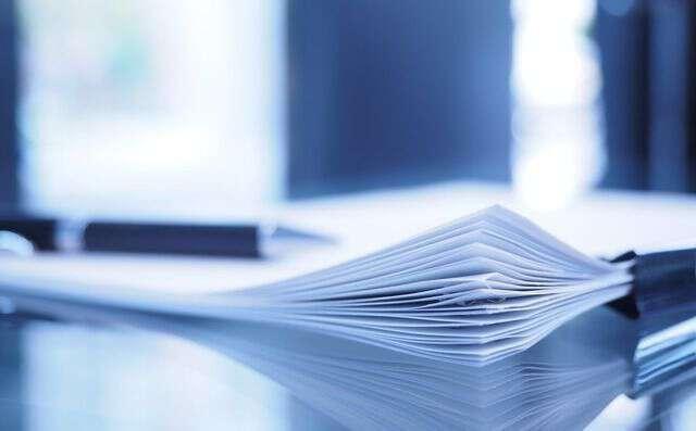 雇用契約書の雛形と正しい雇用契約書を作るための注意点4つ