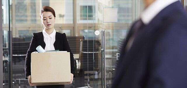 試用期間でも解雇はできる?解雇が認められる事例や解雇時の対応を解説