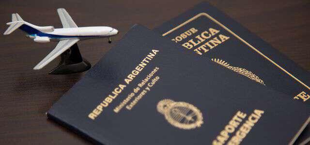 外国人登録証明書に代わる新制度|在留管理制度との違いと具体的な内容
