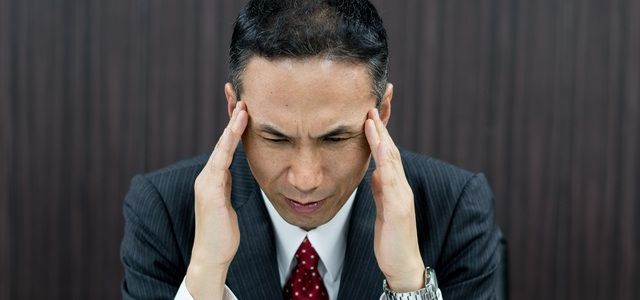 むち打ち症の通院期間に関する任意保険会社とのトラブル